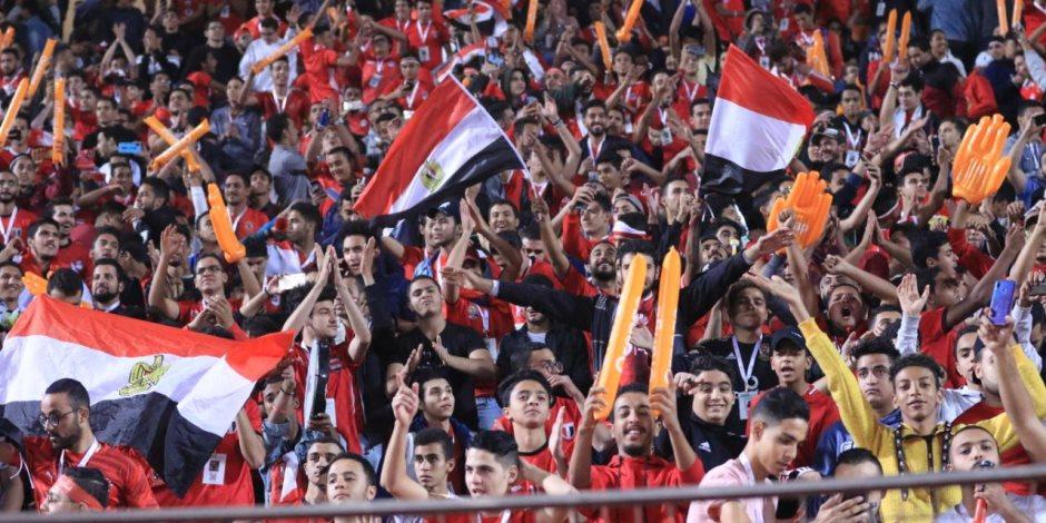 المصريون يبهرون العالم من قلب ستاد القاهرة.. توافد جماهيري كبير على مباراة مصر وجنوب إفريقيا