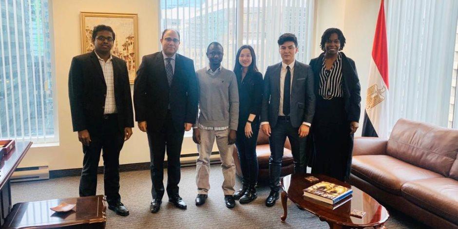 """سفير مصر لدى كندا يلتقي المشاركين في منتدى شباب العالم """"صور"""""""