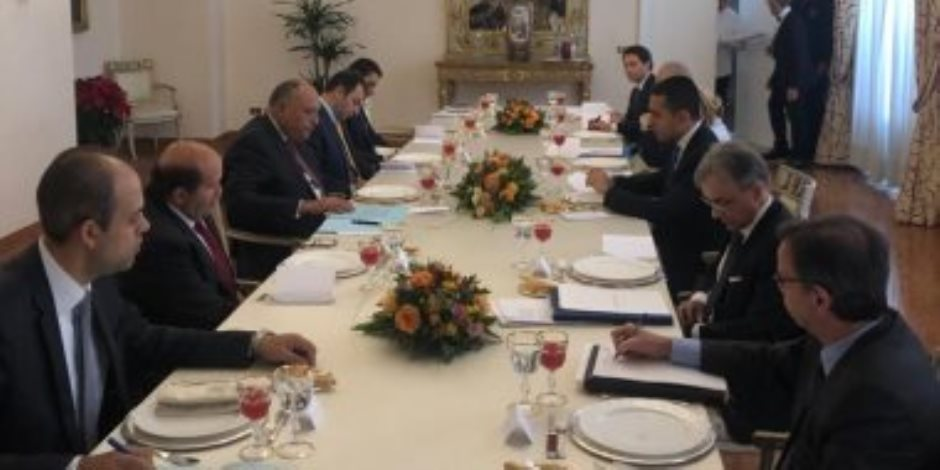 سامح شكرى يستعرض مع وزير خارجية إيطاليا الأثر السلبى لاتفاق السراج وأردوغان