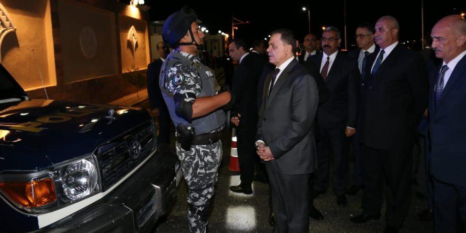 وزير الداخلية يتفقد إجراءات تأمين منتدى أسوان للسلام ويشيد بالتنسيق مع القوات المسلحة (صور)