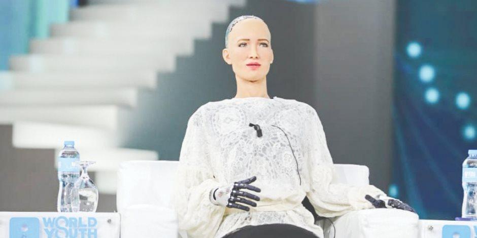 صوفيا.. روبوت أبهرت شباب العالم فى شرم الشيخ