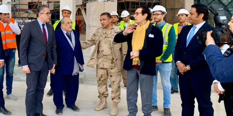 فاروق حسني يزور المتحف الكبير ويؤكد: هدية السيسى للإنسانية (صور)