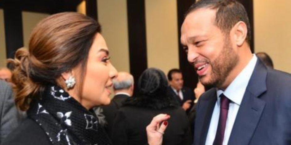 صورة تجمع رجل الأعمال محمد حلاوة والإعلامية بسمة وهبي في حفل حزب مستقبل وطن