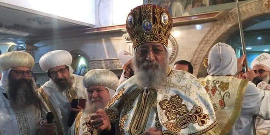 البابا تواضروس يدشن كنيستين بسوهاج ويترأس قداس «الشهيد ماري جرجس»