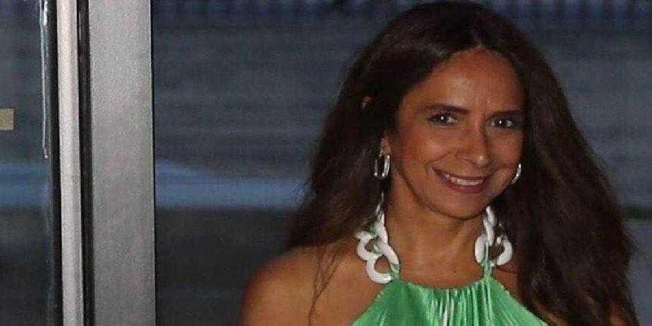 لبنان ينتفض.. زينة عكر اللبنانية أول وزيرة دفاع عربية