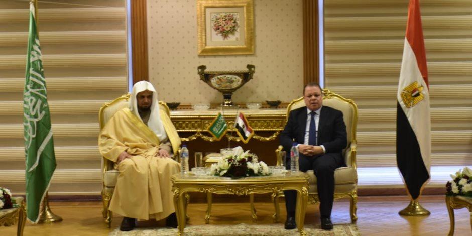 النائب العام يزور نيابات مُدن قناة السويس رفقة نظيره السعودي
