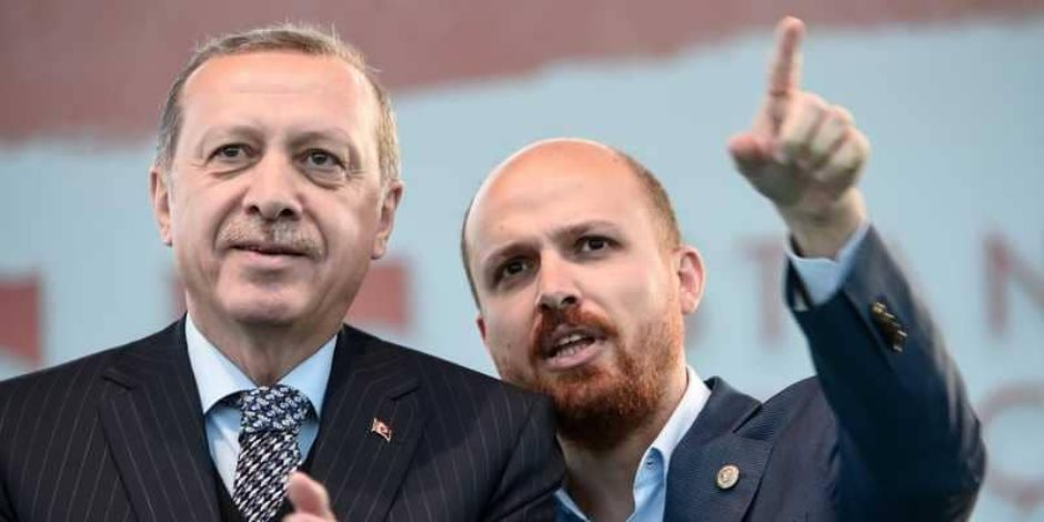 «جواسيس المنابر».. أردوغان يستغل المساجد للتجسس على معارضيه في أوروبا (صورة)
