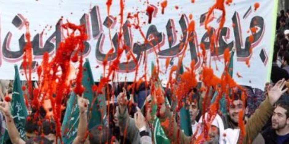 إخوان الشتات (1).. كيف يستغل الإخوان المجالس الإسلامية لاختراق أوروبا؟