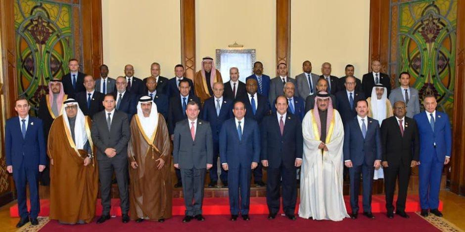 السيسي يستقبل رؤساء أجهزة المخابرات المشاركين في المنتدى العربي الاستخباراتي بالقاهرة