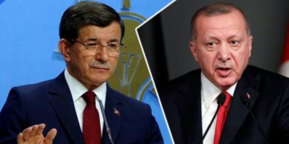 زعيم المعارضة التركية ينتقد استمرار اعتقال الصحفيين وغلق القنوات المعارضة