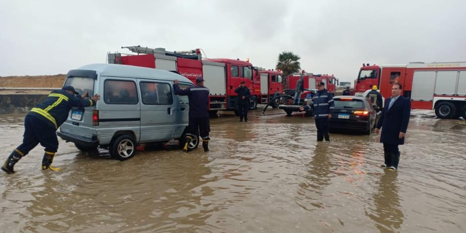 المرور: غلق 8 طرق صحراوية جديدة بسبب تجمعات الأمطار وسوء الأحوال الجوية
