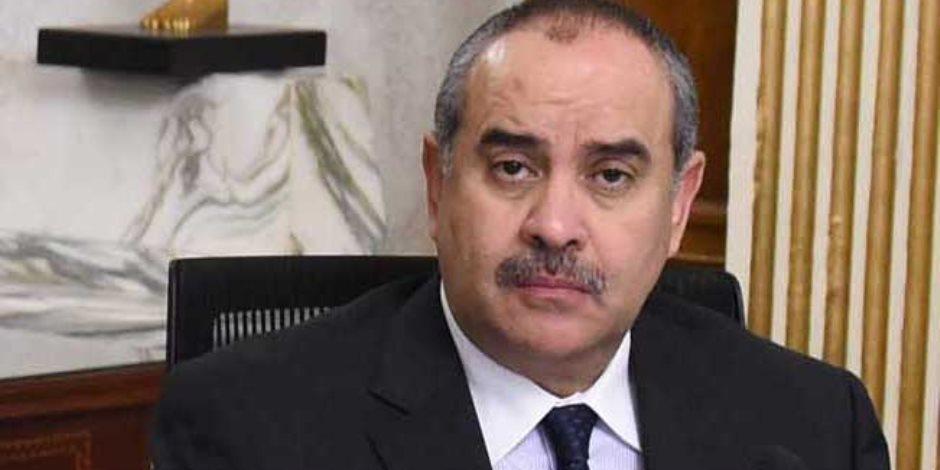 لبحث سبل دعم التعاون المشترك.. وزير الطيران يستقبل سفير كندا لدى مصر