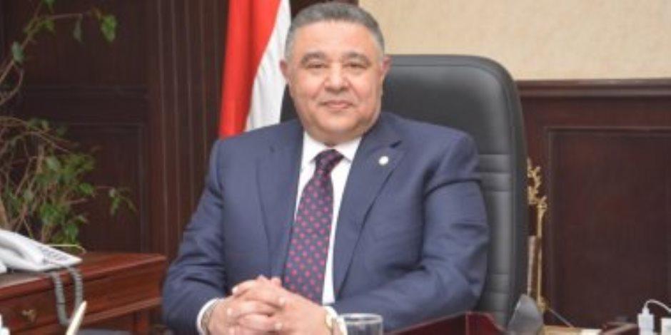 محافظ البحر الأحمر: احتجاز رئيس مدينة القصير فى أحد الأكمنة بعد تطبيق حظر التجوال