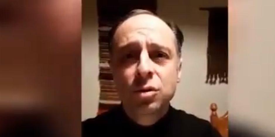 معتقل بالسجون التركية يروي شهادته: فيروس كورونا منتشر والعنابر مزدحمة دون تهوية (فيديو)