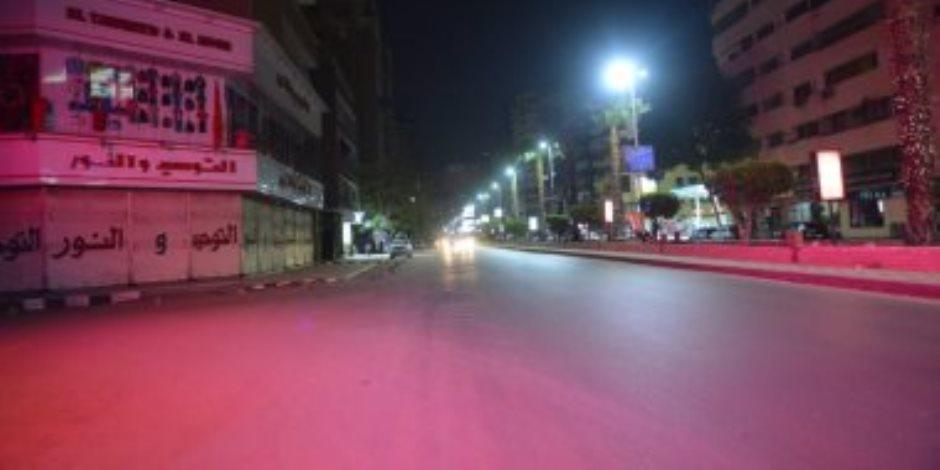 هل يكرر المصريون ما فعلوه أمس؟.. مشاهد حضارية في أول أيام الحظر (فيديو)