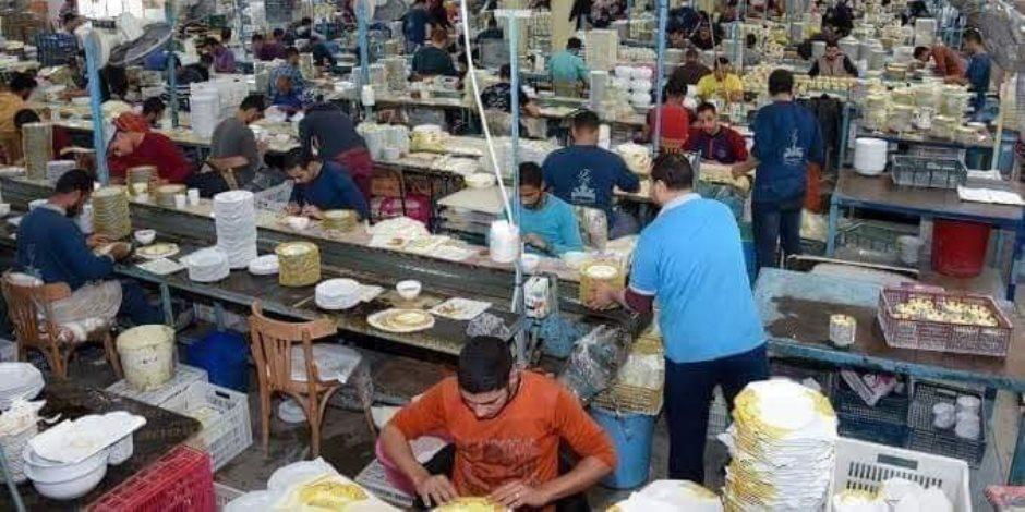 افضح مؤذ.. صاحب شركة بالإسكندرية يهدد عماله بقطع أرزاقهم بسبب حظر التجول