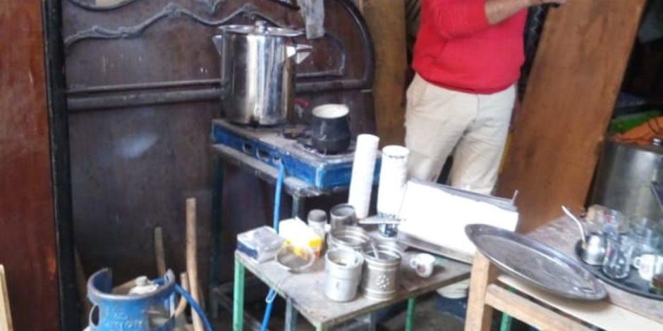 آخرة الفهلوة.. القبض على صاحب صالون حلاقة حول محله لمقهى لتقديم «الشيشة»
