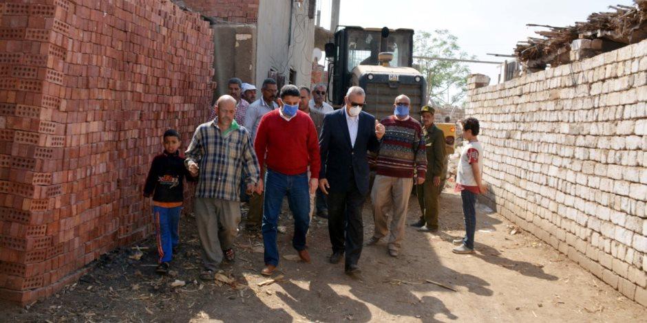 بالصور.. محافظ أسيوط يقود حملة لإزالة التعديات على أملاك الدولة