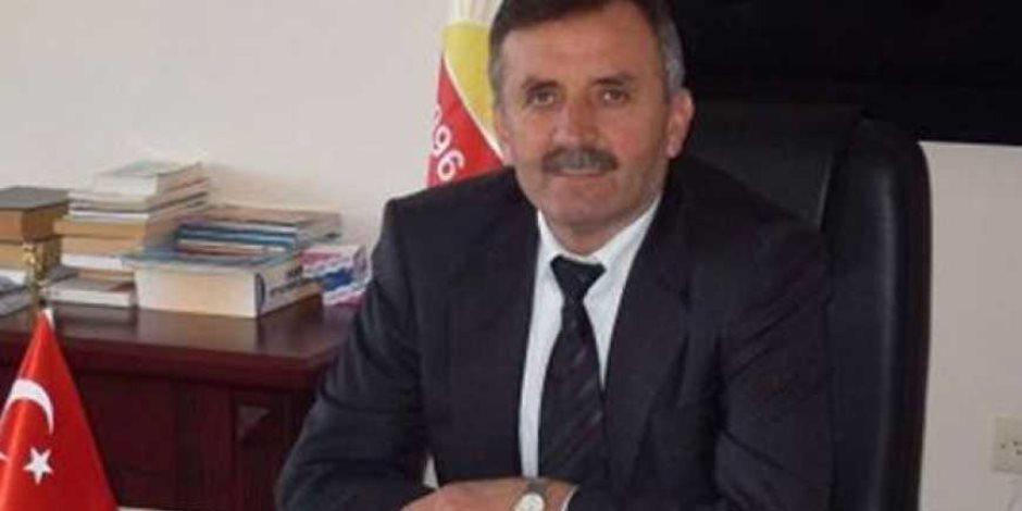 أردوغان يقود عصابة للسرقة.. رؤساء بلدية يتشاجران على تقاضي رشوة