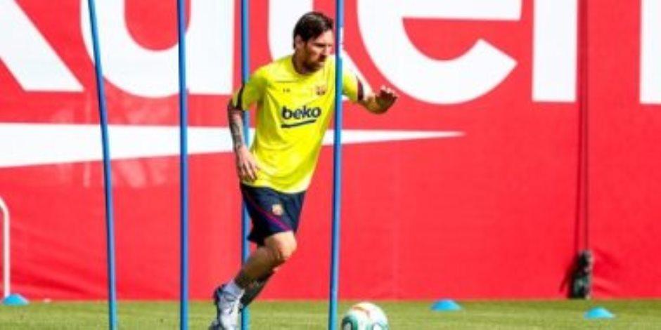 وعادت ليالي ميسي السعيدة.. شاهد أول ظهور لنجوم برشلونة على أرض الملعب (صور)
