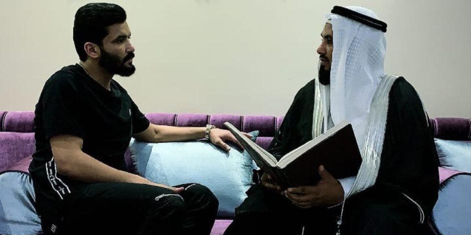 الملتزم يضرب من جديد.. صالح جمعة يتضرع بالدعاء وتلاوة القرآن في وداع رمضان