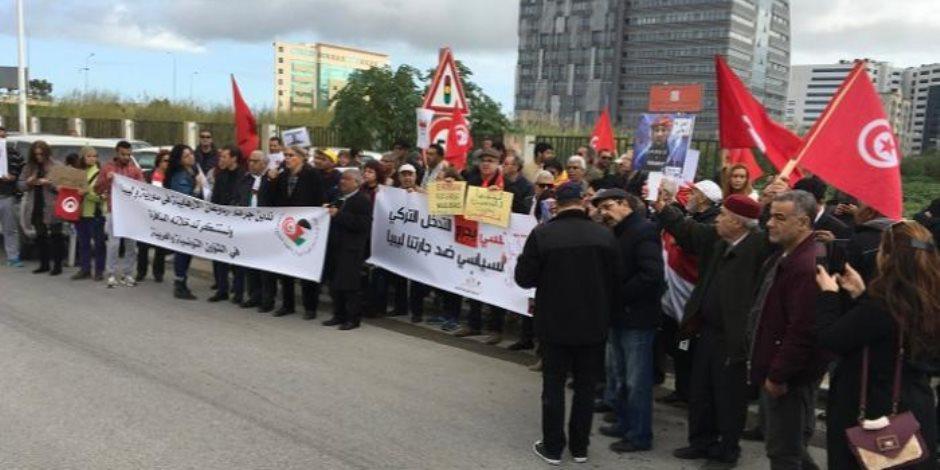 بين الإرهاب ودعوات حل البرلمان ومحاولة تسميم الرئيس.. تونس على صفيح ساخن