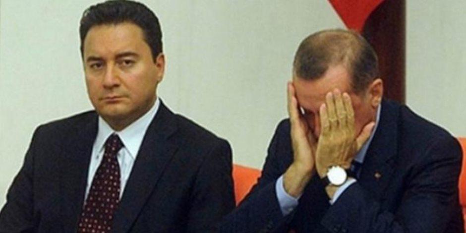 هربا من أردوغان.. 63 نائبا من «العدالة والتنمية» التركي على وشك الانتقال إلى حزب باباجان
