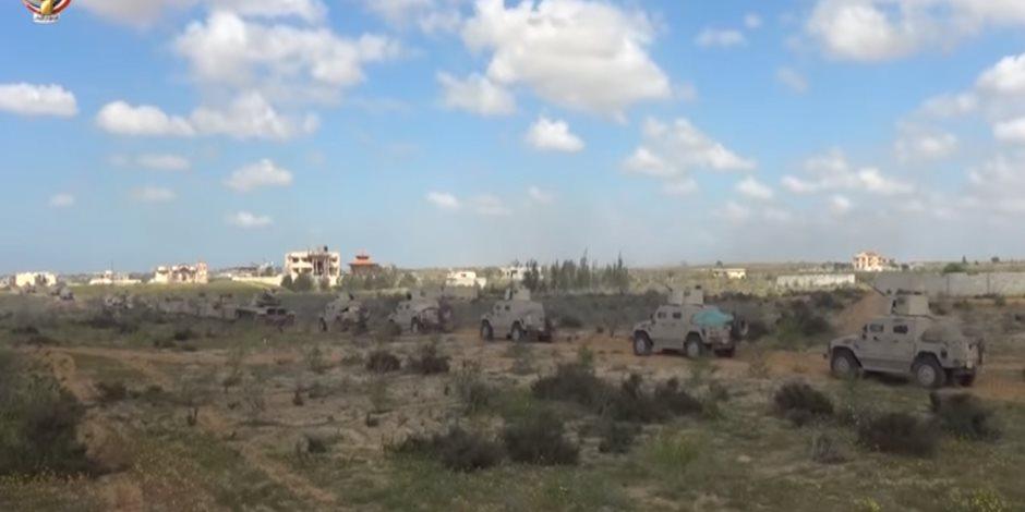 القوات المسلحة تعلن القضاء على 3 تكفيريين شديدى الخطورة بسيناء.. فيديو