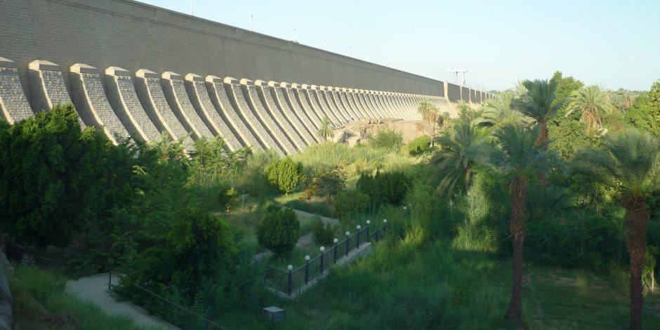 عام النهضة في أسوان.. تطوير البنية الأساسية وتنفيذ 3 محاور عرضية فوق النيل