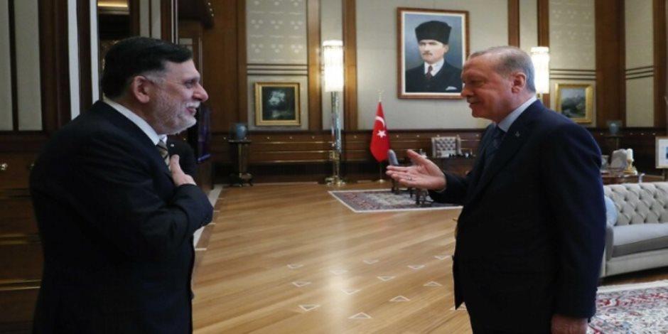 السراج يشرعن الاحتلال التركي ويرفض إخلاء ليبيا من الإرهابيين والمرتزقة