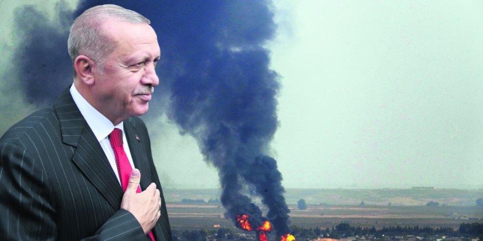 داود أوغلو يحذر أردوغان من المواجهة مع مصر: ليست في صالح تركيا