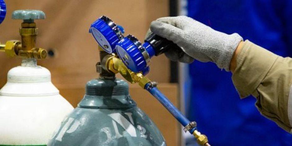 «غرفة الدواء» تعلن توافر احتياطي كاف من الأكسجين والأجهزة الطبية لمواجهة كورونا