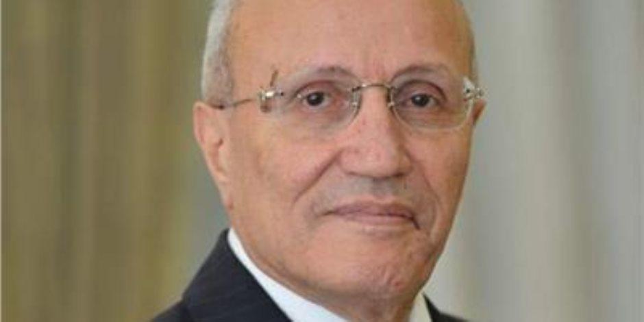 بعد صراع مع المرض.. وفاة الفريق محمد العصار وزير الانتاج الحربي