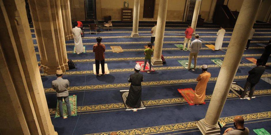 هل تفتح المساجد أبوابها لصلاة الجمعة؟.. اجتماعات مجلس الوزراء والأوقاف تجيب