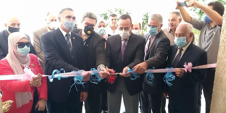 لمواجهة ارتفاع أسعارها وتوفيرها لمحدودي الدخل.. افتتاح خط لتصنيع الكمامات الواقية في شمال سيناء