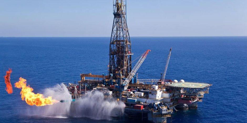 2.8 مليار دولار استثمارات الشركات الأجنبية والمشتركة لتنمية حقول البترول
