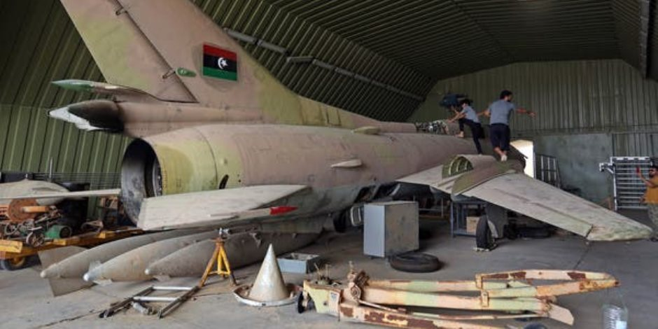 """""""الطيران المجهول"""" وتدمير منظومة الدفاع الجوي بليبيا.. جنون مذيعي الإخوان"""