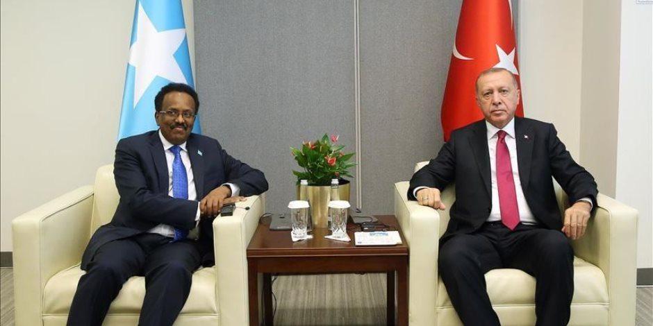 إرهاب ونهب للنفط والثروات.. ماذا تفعل تركيا في الصومال؟