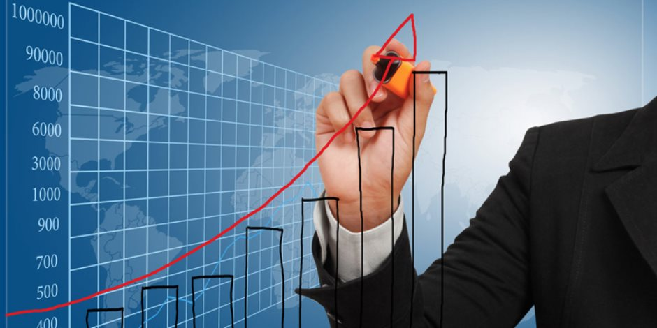 شهادة دولية جديدة للاقتصاد المصري.. بلومبرج تختار مصر والإمارات نموذجًا للأسواق الصاعدة بالمنطقة