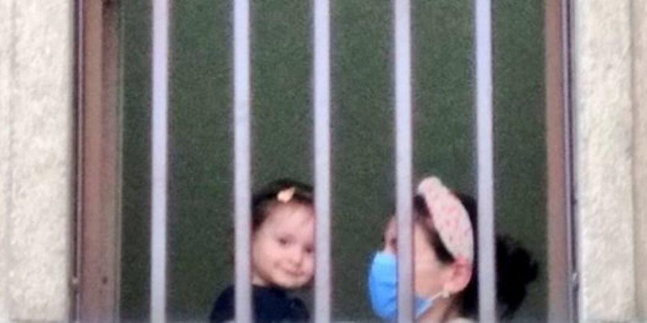 800 طفل معتقل مع أمهاتهم في السجون التركية.. آخرهم ليلى كايا وطفلتها الرضيعة