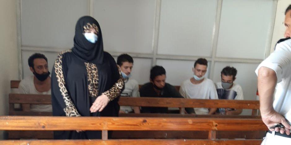 عبير بيبرس.. تريند بعد الحكم عليها بالسجن المشدد 7 سنوات لقتل زوجها.. فماذا كان رد فعلها؟ (صور)