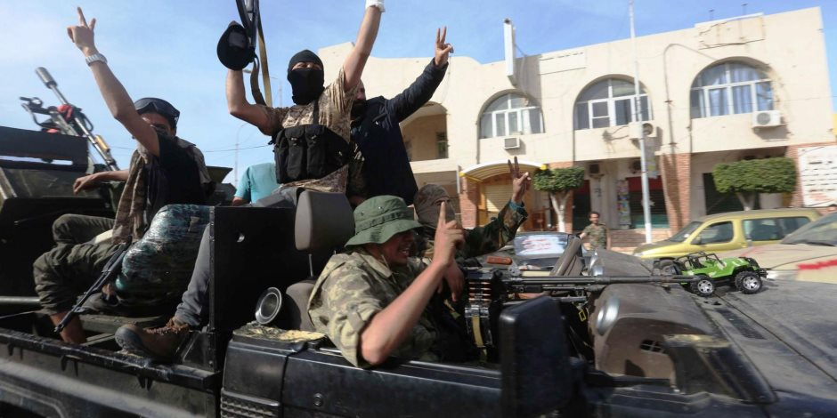 17 ألف مرتزق في غرب ليبيا يدعمون حكومة الوفاق.. المرصد السوري يكشف الجنسيات