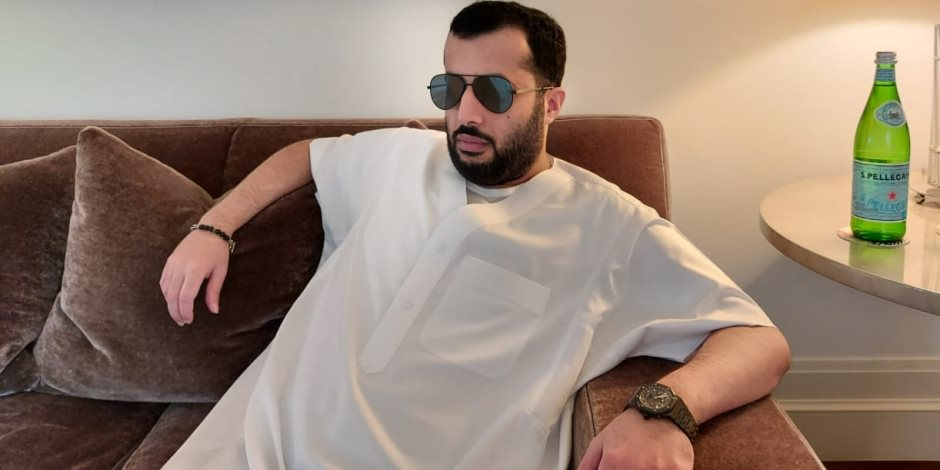شاهد.. أول صورة للمستشار تركى آل الشيخ من داخل جناحه بمستشفى نيويورك