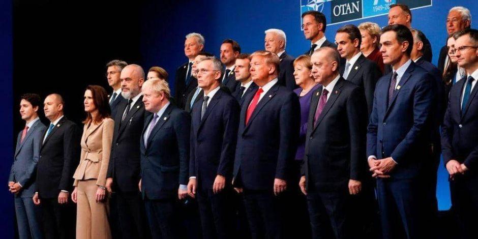 """دبلوماسيون يرصدون انتهاكات تركيا مع أوروبا: """"فيل في غرفة الناتو"""""""
