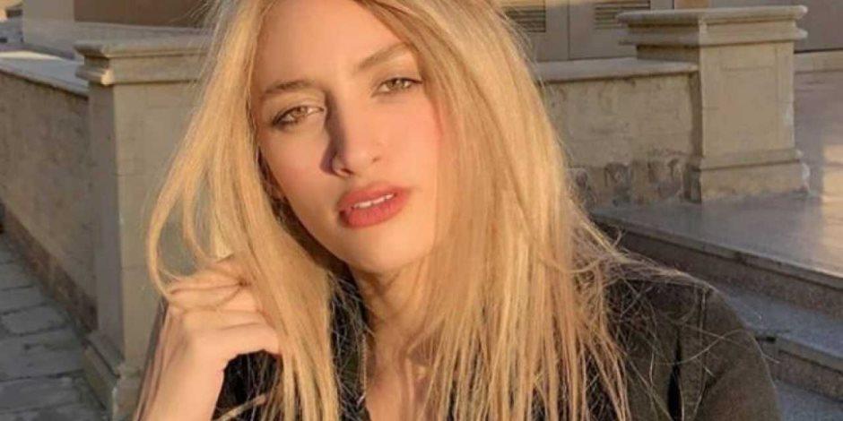 حيثيات المحكمة :مودة الأدهم تلقت تحويلات بالدولار من إسرائيل وقطر وتركيا