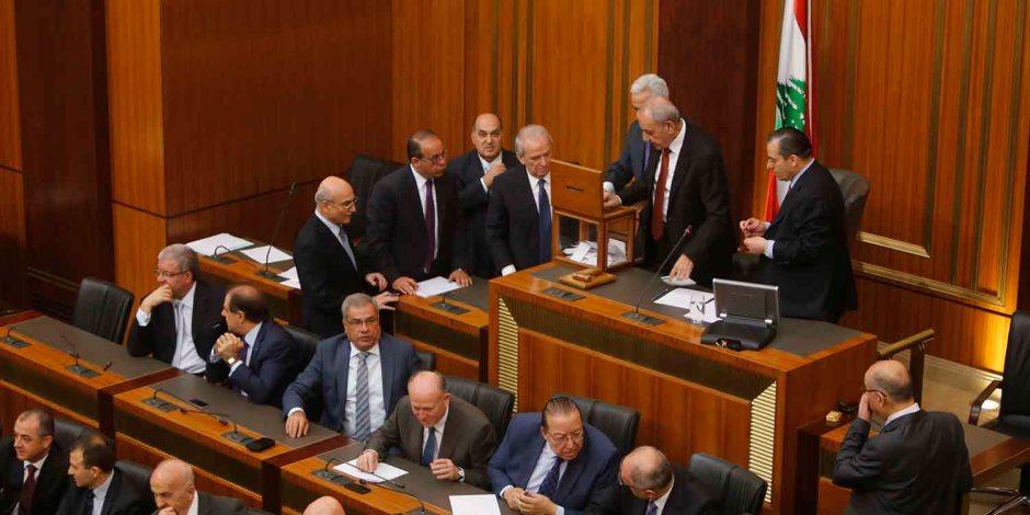 حزب الكتائب اللبنانى يعلن استقالة نوابه الثلاثة من البرلمان