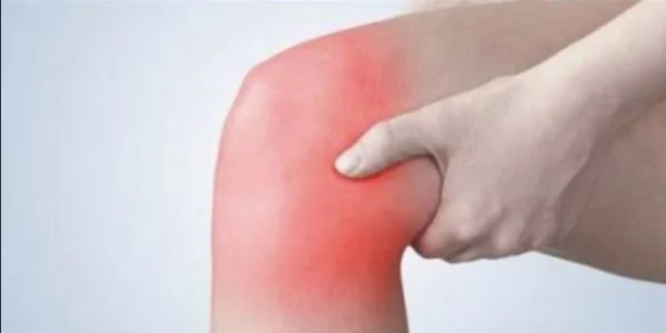 تعرف على كيفية علاج آلام الركبة بدون أدوية