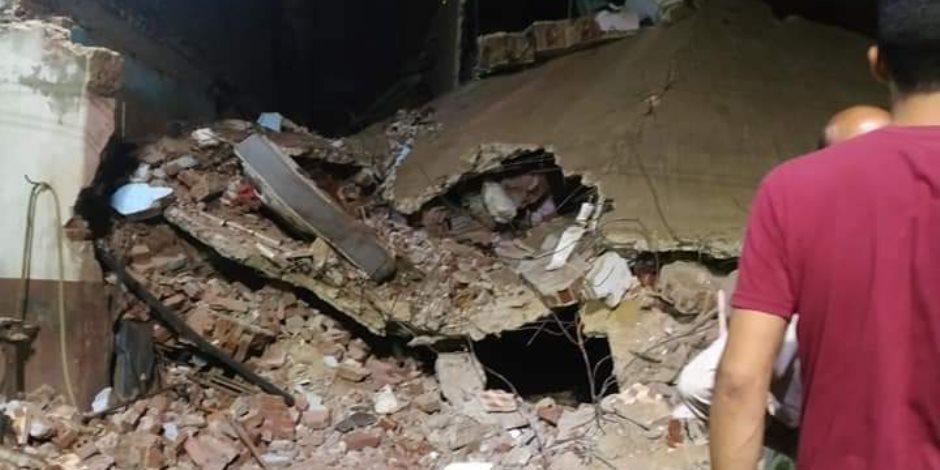 بعد انفجار مستودع أنابيب.. انهيار عقار في المنوفية ومصرع شخصين وإصابة 3آخرين