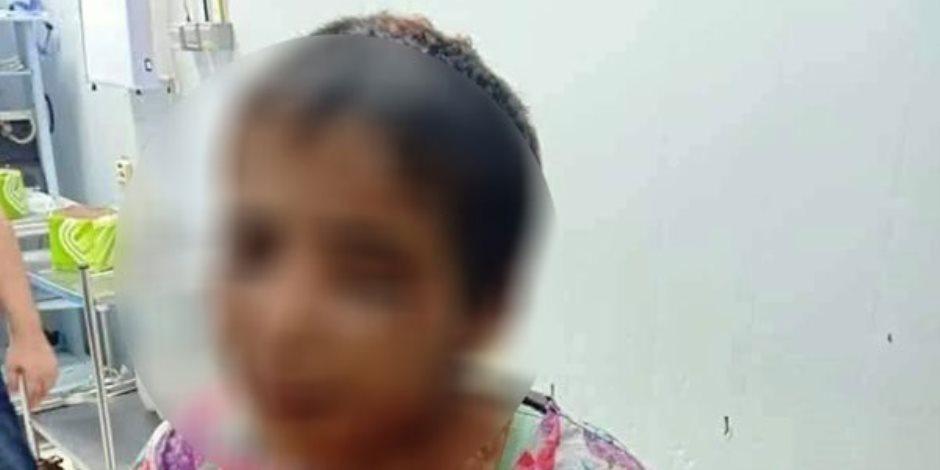 حبس المتهمتين بتعذيب الطفلة «أمنية» ووسيط تشغيلها احتياطيا