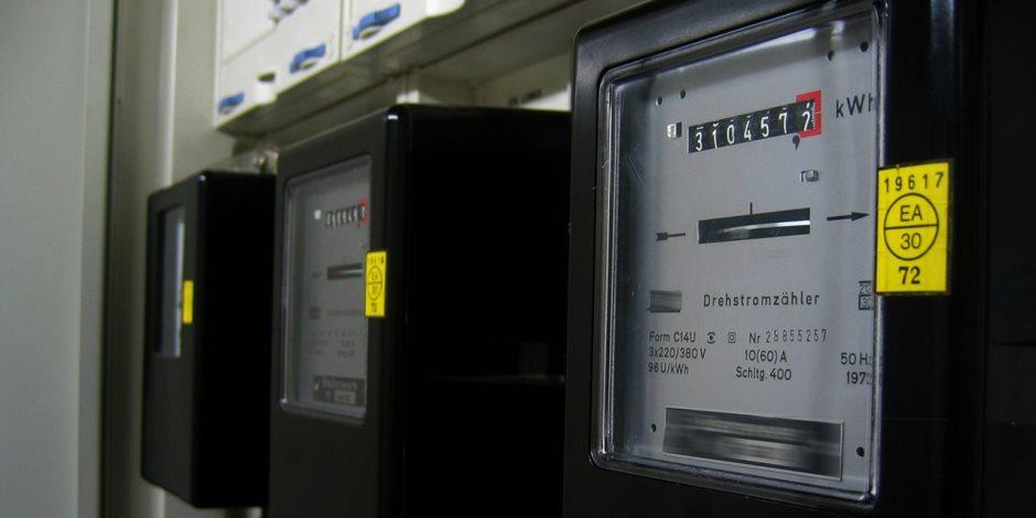 كل ما تريد معرفته عن مشروع الكهرباء لتركيب 250 ألف عداد ذكي